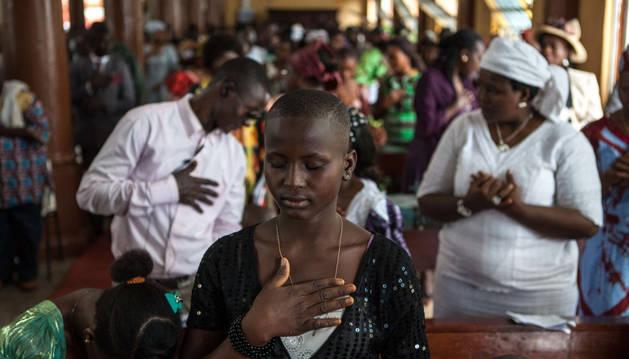 Este sábado murieron 121 personas por ébola en Sierra Leona