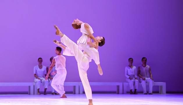 El Ballet Nacional de Uruguay representa 'El Mesías'.