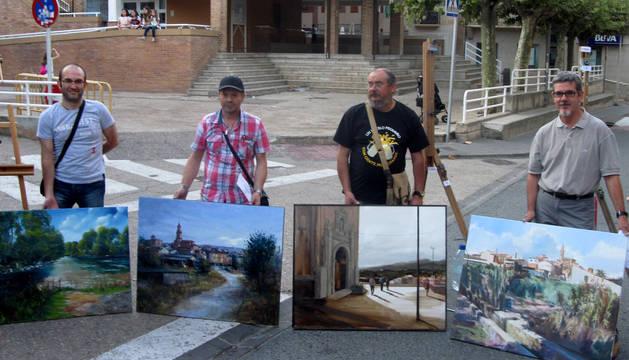 Veinticuatro pinceles retratan todos los rincones de San Adrián