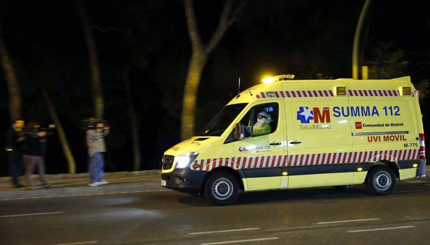 La auxiliar de enfermería contagiada de ébola, ingresada en el Carlos III