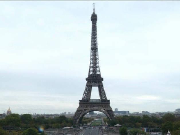 La Torre Eiffel estrena un suelo de vértigo