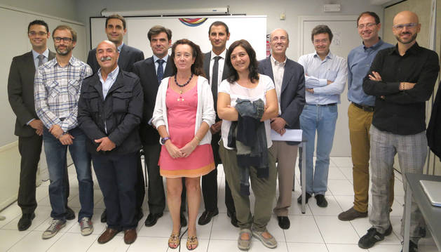 Representantes de CEPES Navarra, ANEL, UCAN, Asociación CIS, Asociación Fundaciones de Navarra, Laboral Kutxa y Caja Rural.