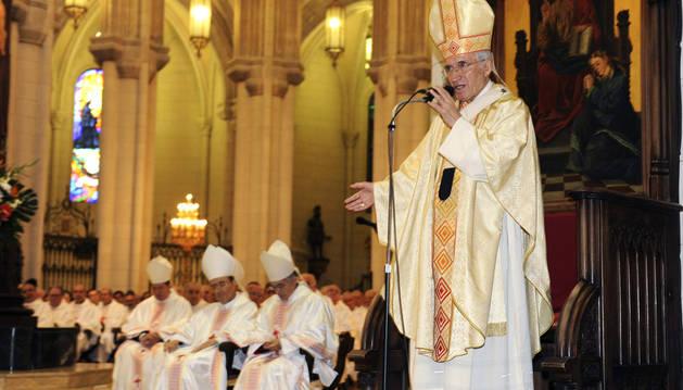 Antonio Maria Rouco Varela en la Catedral de La Almudena
