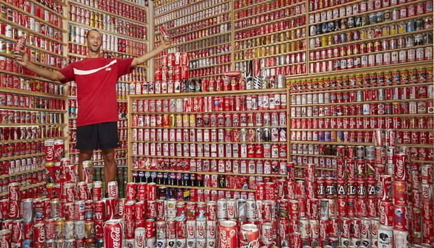 La mayor colección de latas de refresco, presente en la edición de 2013