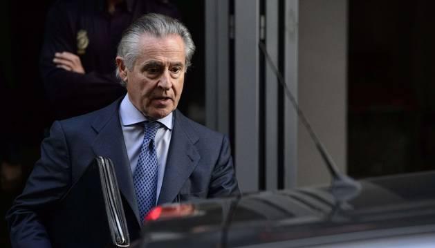 El juez impone fianzas pecuniarias de 16 millones a Blesa y de tres a Rato