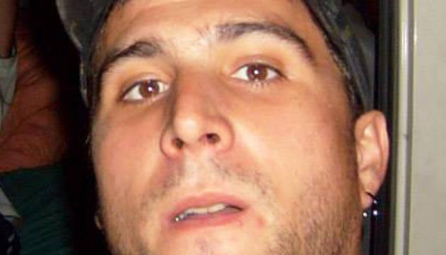 Muere un hombre de 34 años que sufrió una caída de su ciclomotor en Barañáin