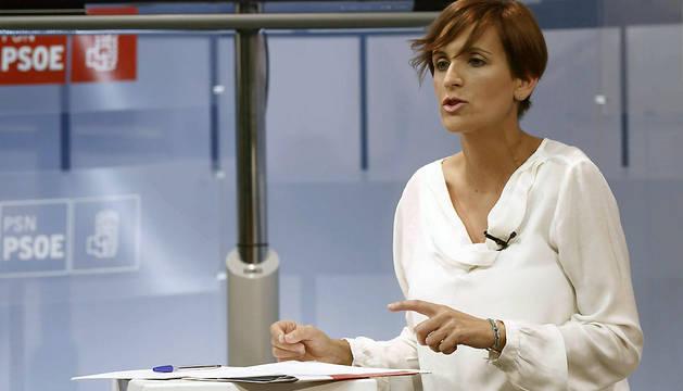 Un momento de la intervención de María Chivite durante el debate con Amanda Acedo