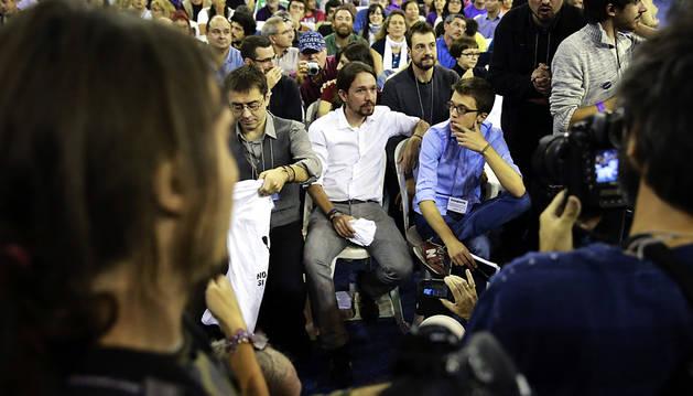Podemos vota si entrega el liderazgo del partido a Pablo Iglesias