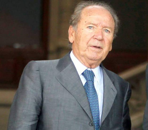 José Luis Núñez, con su abogado