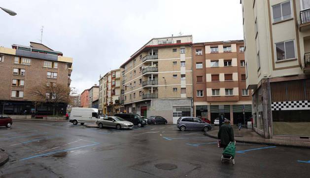Imagen de una de las zonas abiertas del centro del barrio de la Milagrosa