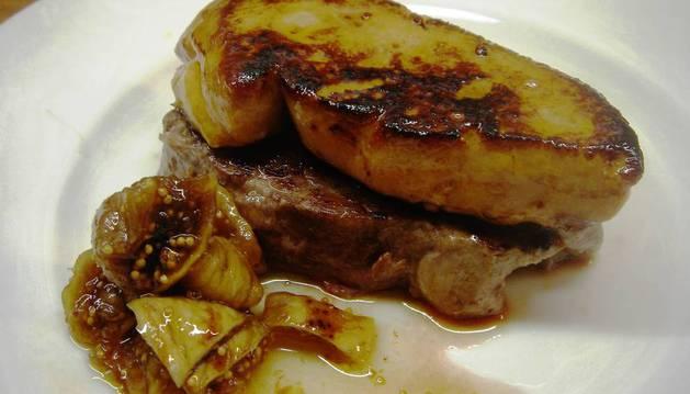 Solomillo con foie y salsa de hongos