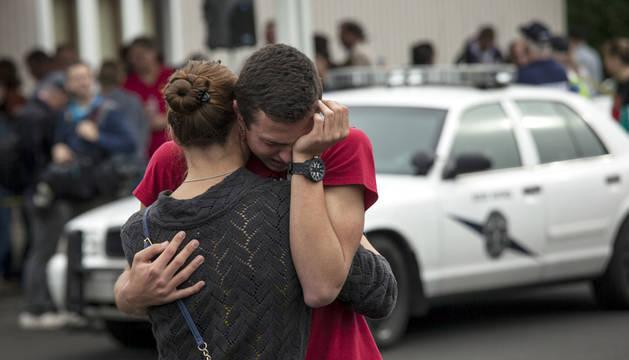 Dos muertos y cuatro heridos en un tiroteo en un instituto de EEUU