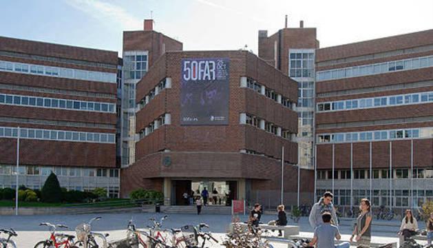 Edificio de Ciencias de la Universidad de Navarra.