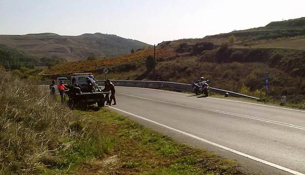 Dos motoristas heridos en sendos accidentes en Viana y Güesa