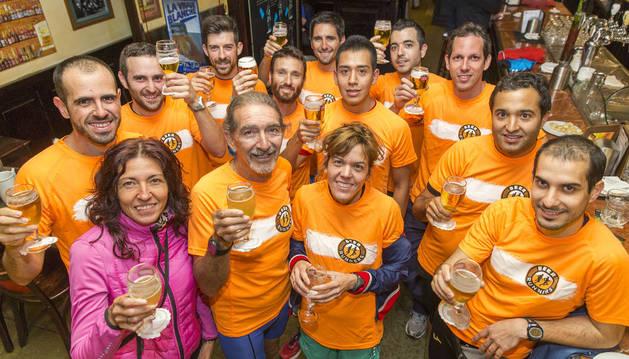 Corredores en la primera cita de Beer Runners en Pamplona