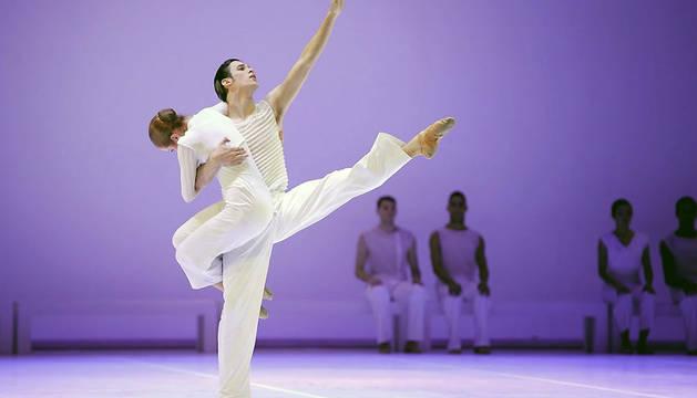 Bailarines del Ballet Nacional Sodre de Uruguay