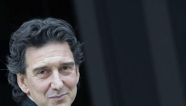 El director del Ballet Nacional Sodre de Uruguay, Julio Bocca, posa para los gráficos este lunes en Pamplona