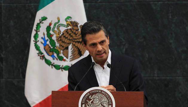 Peña Nieto anuncia nuevas medidas para encontrar a los 43 estudiantes