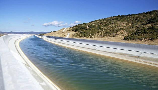 Los terrenos que riega el Canal de Navarra multiplican por cinco su precio de alquiler