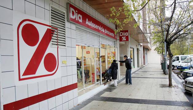 Supermercado de la cadena Dia en Pamplona.