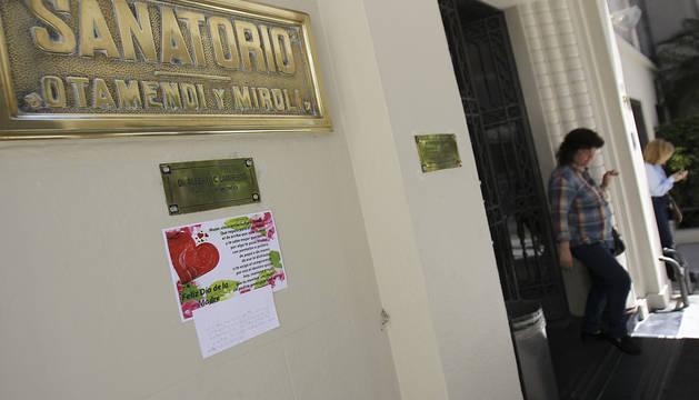 Exterior del Sanatorio Otamendi en Buenos Aires donde ha estado ingresada Cristina Fernández.