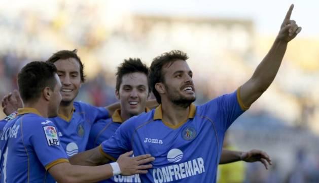 Pedro León celebra un gol