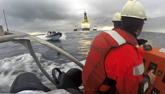 Repsol ya busca petroleo  en Canarias con una sonda de 90 centímetros