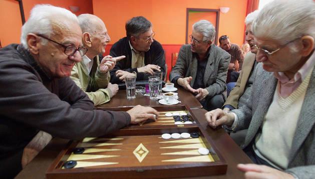 La reforma fiscal amnistía la pensión de los jubilados en el extranjero