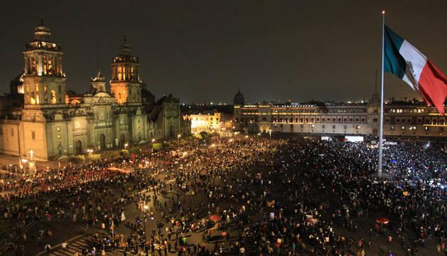 México protesta en masa por los 43 estudiantes desaparecidos