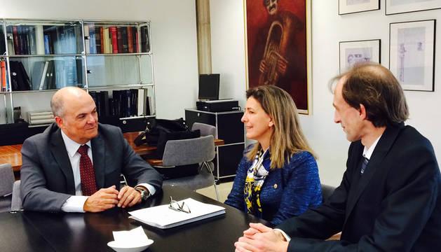Navarra y País Vasco insisten en la importancia de la conexión del TAV