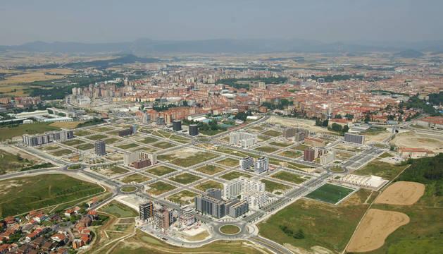 Vista aérea del nuevo barrio de Lezkairu, en Pamplona.