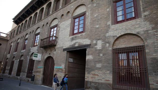 Una imagen de la fachada del palacio Marqués de San Adrián.