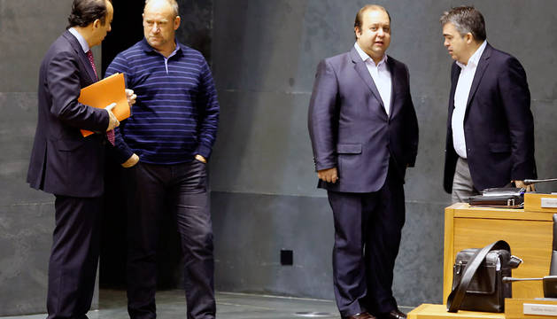 Carlos García Adanero (UPN), Txentxo Jiménez (Aralar-Nabai), Eloy Villanueva (PPN) y Santos Cerdán (PSN)