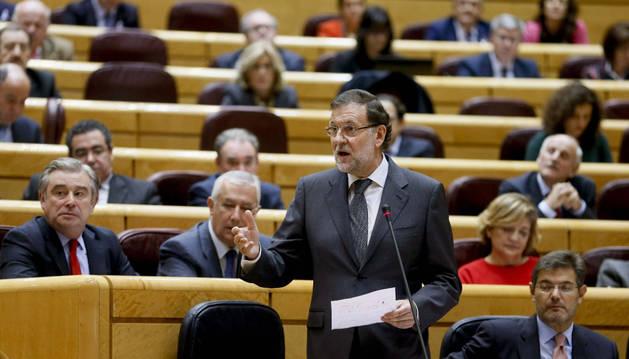 Rajoy, durante su intervención en la sesión de control al Gobierno en el pleno del Senado