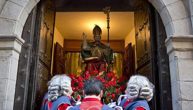 San Saturnino, al iInicio de la procesión.