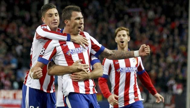 Mandzukic celebra uno de sus tres goles