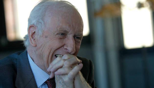 El escritor Leopoldo Abadía
