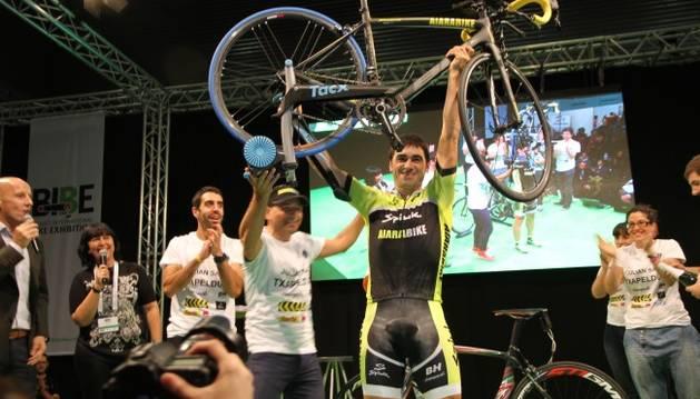 Julián Sanz, tras batir el récord Guinness