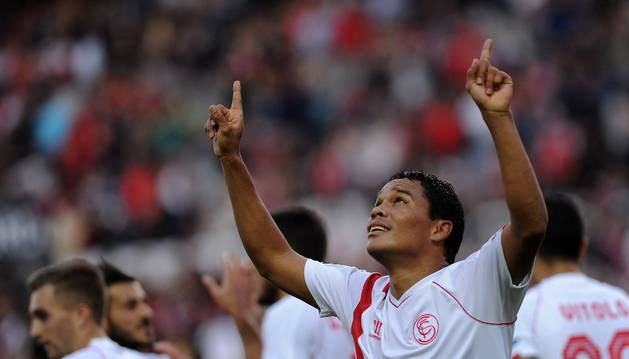 Bacca celebra un gol contra el Granada