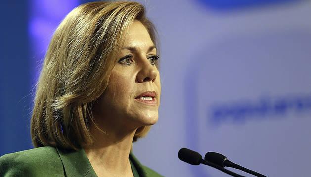 La secretaria general del Partido Popular, María Dolores de Cospedal, durante la rueda de prensa de este martes