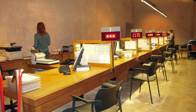 Pamplona establece los días de apertura de sus registros  en 2015