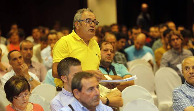 Luis Sabalza, durante una asamblea