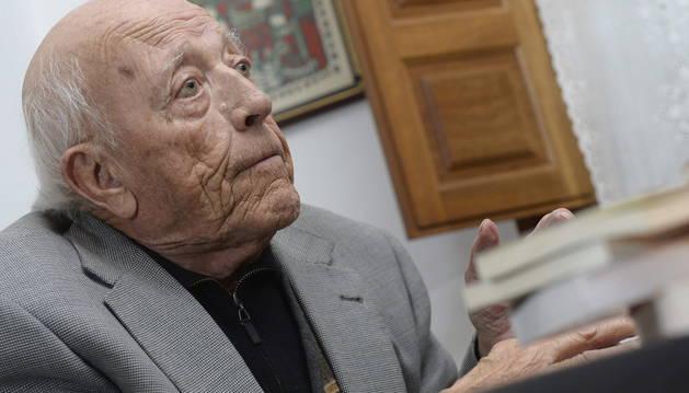 El escritor Jiménez Lozano
