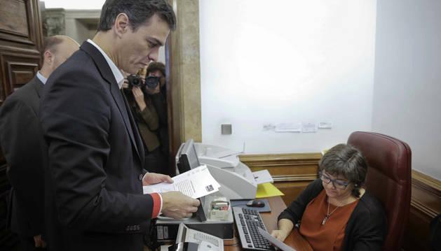Pedro Sánchez registra la petición para que se analice la reforma de la Constitución.