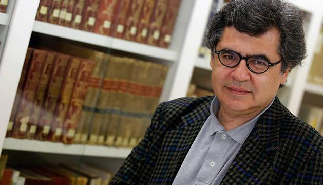 El periodista y escritor manuel hidalgo premio francisco de javier 2014 noticias de navarra for Javier ruiz hidalgo