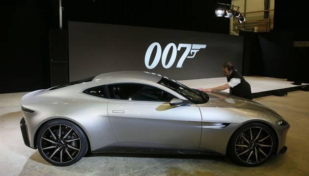 Aston Martin ya tiene coche para el nuevo filme de James Bond