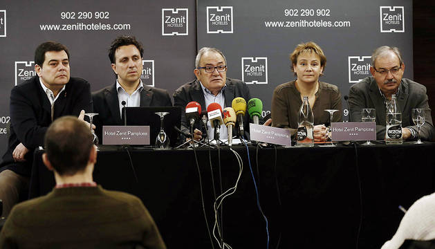 Pedro Baile, Juan Ramón Lafón, Luis Sabalza, Eva Blanco y Fidel Medrano