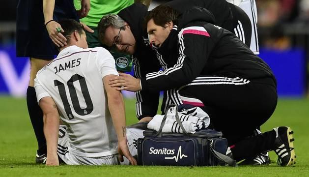 James, tras lesionarse contra el Celta