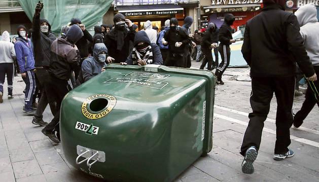 Condenan a 4 menores por actos vandálicos en la huelga estudiantil