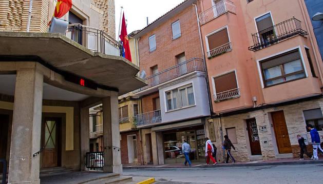 Plaza Francisco Garciandía, en Azagra, localidad integrada en la Mancomunidad Ribera Alta.